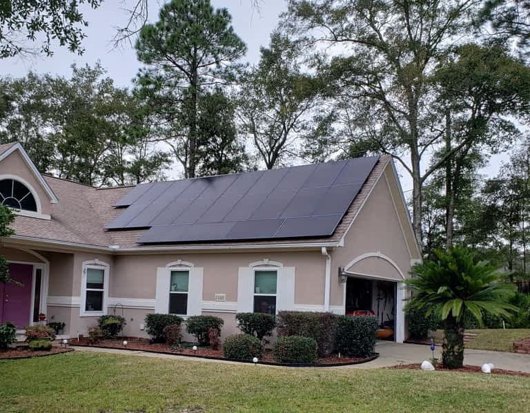 Home in Lynn Haven FL with Solar Panels installed
